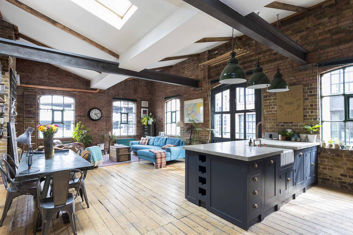 Industrial Penthouse In Shoreditch London Houseup