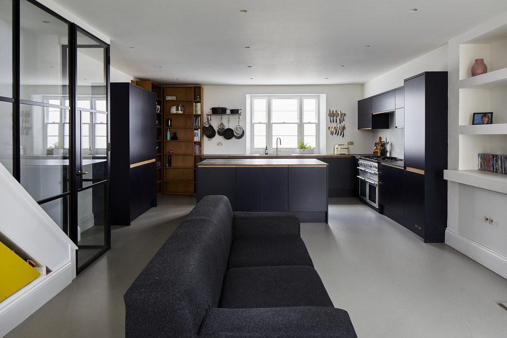 531-Basement-Kitchen-resin-floor-crittall-wall-Greenwich-town-house-with-basement-renovation